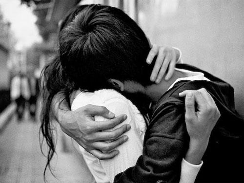 hugging1