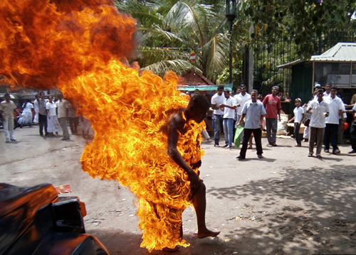 SRI LANKA-BUDDHISM-PROTEST-IMMOLATION